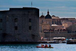 city walls dubrovnik kayaking